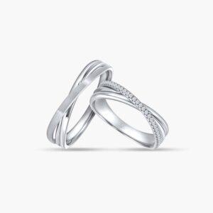 LVC Desirio Cross Wedding Ring Set in White Gold with Matte Finish