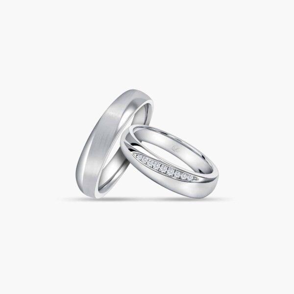 LVC Purete Trust Wedding Band Set in Platinum with Diamonds Inlay