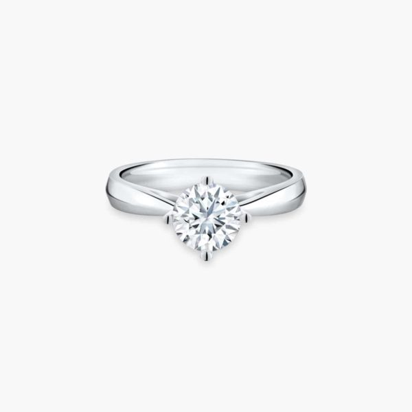 Classic Solitaire Diamond Engagement Ring Malaysia