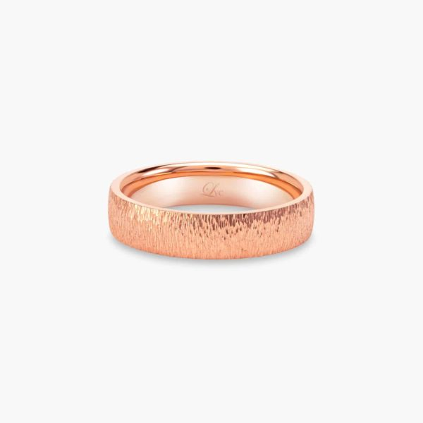 LVC Soleil Men's Wedding Ring in Rose Gold with a Hammered Finish