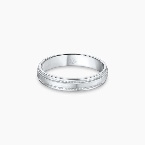 LVC Purete Wedding Band for women in Platinum with Milgrain Design